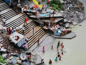 Święta kąpiel w Gangesie3