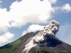 Kąpiel u stóp wulkanu3