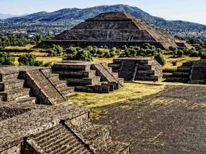 Piramidy Azteków4