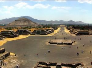 Piramidy Azteków5