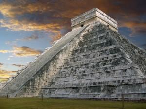 Piramidy Majów2