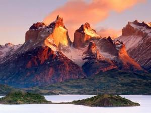 Widowiskowe góry Torres del Paine4