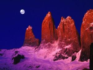 Widowiskowe góry Torres del Paine7